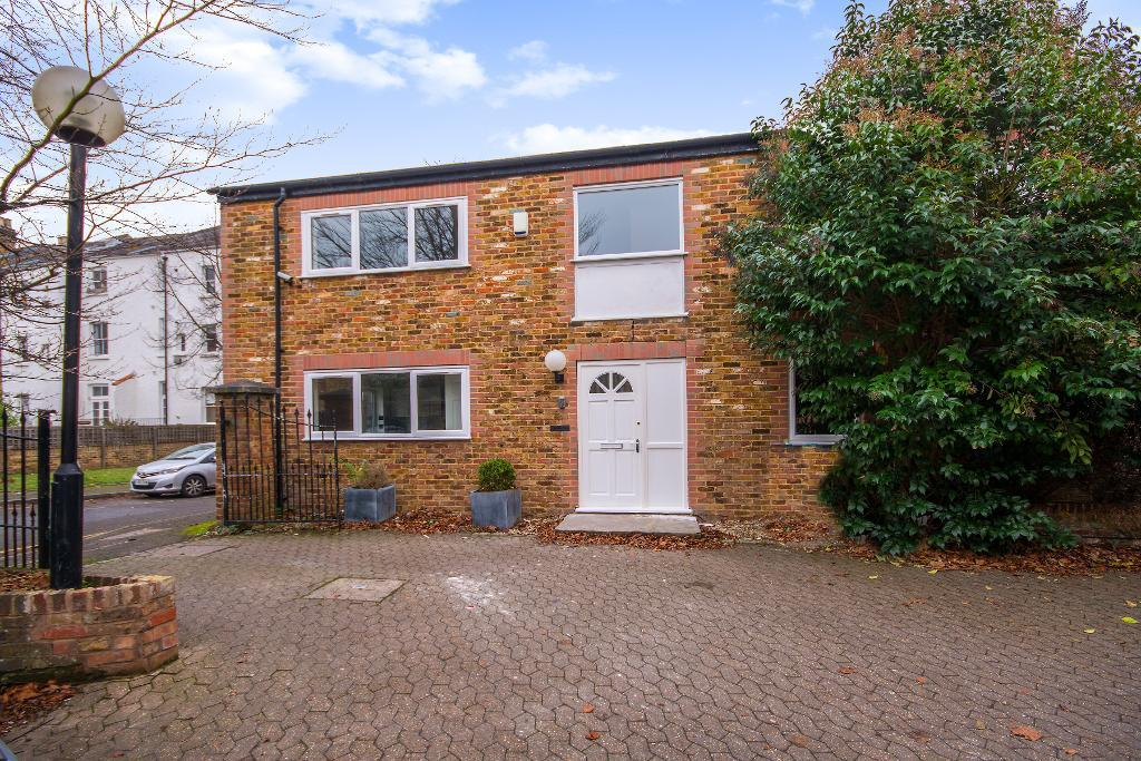 Bridle Close, Kingston, KT1 2JW
