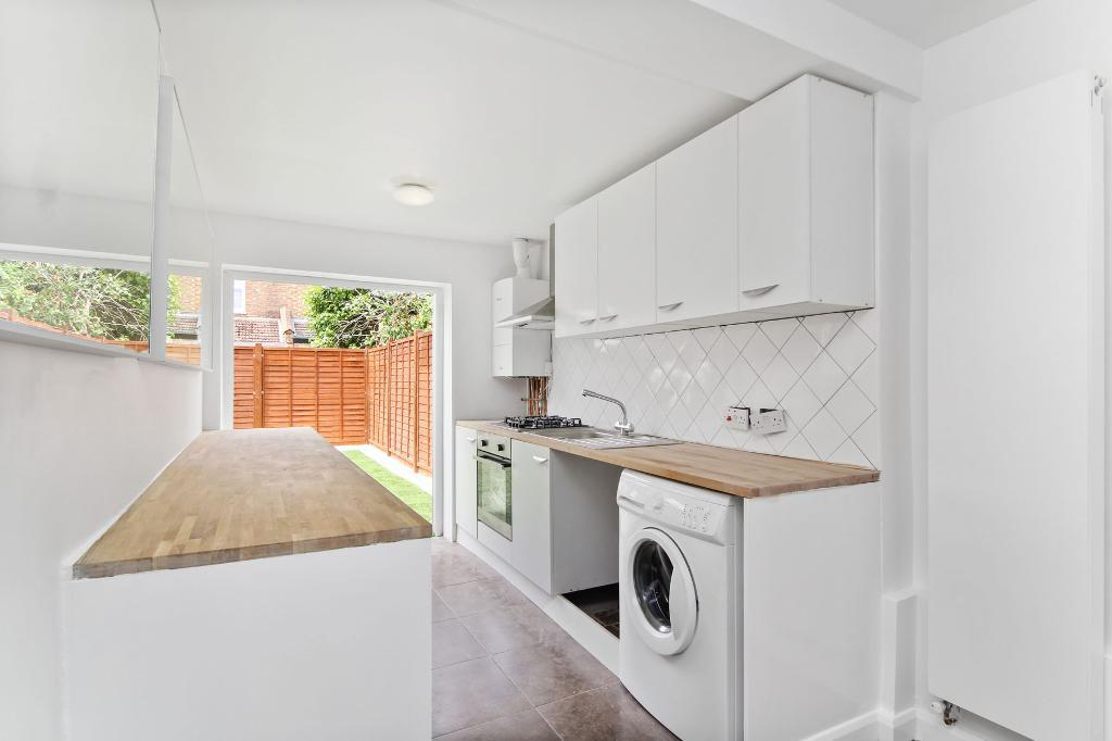 Laburnum Road, Colliers Wood, SW19 1BH