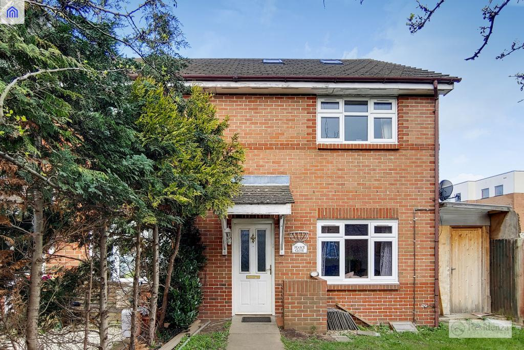 Pearce Close, Mitcham, CR4 2GP