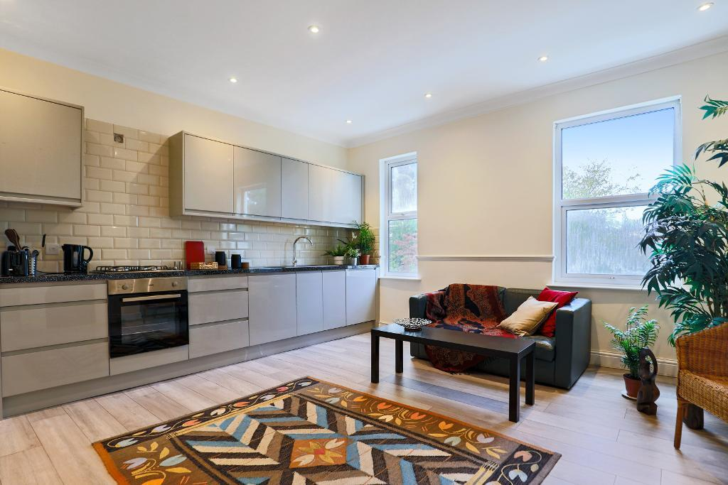 Avenue Gardens, Acton, London, W3 8HA